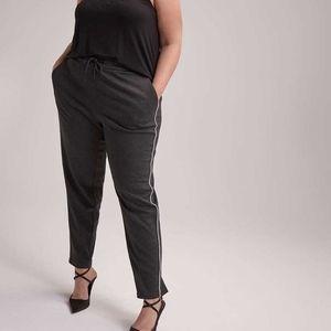 Michel Studio Super Soft Grey Plus Sweatpants - 20